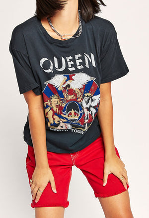 Queen World Tour 78-79 Boyfriend Tee