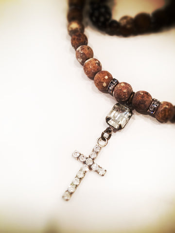Casa di Calisto Cross Necklace