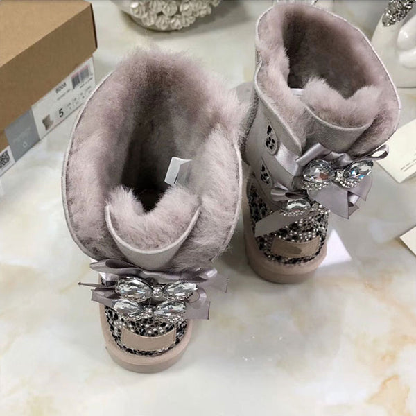 Winter warm fur one snow boots luxury crystal rhinestone bow leather waterproof non-slip thick-soled boots best selling.