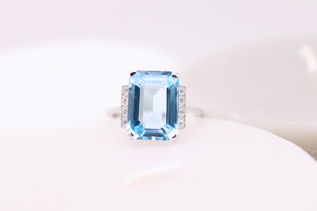 Art Deco Aquamarine Solitaire