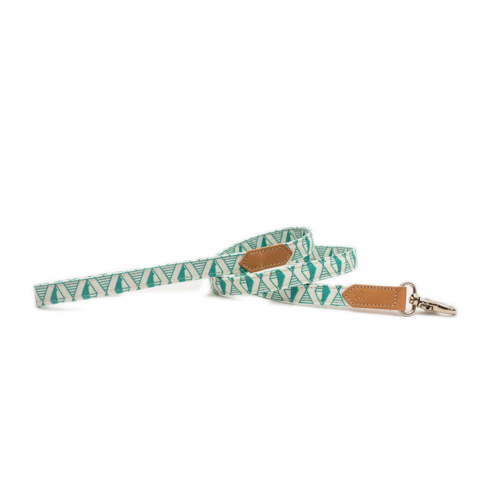 Geo Green Classic Dog Lead hiro wolf