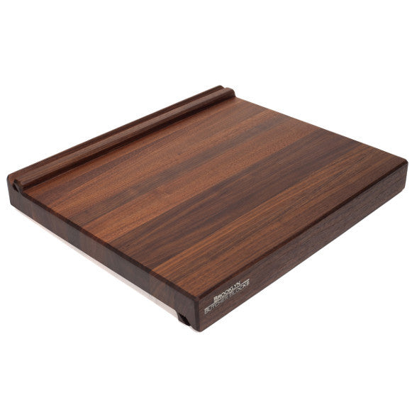 iBlock : The Cutting Board That Holds Your Tablet (Long Grain Walnut)