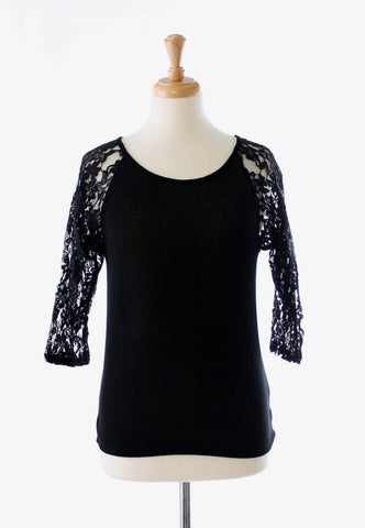 black summer top with lace sleeves