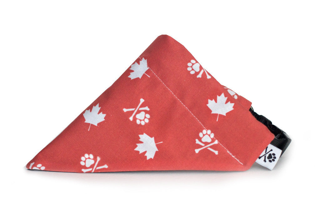 O Canada! Bandana (Nylon Collar Not Included)