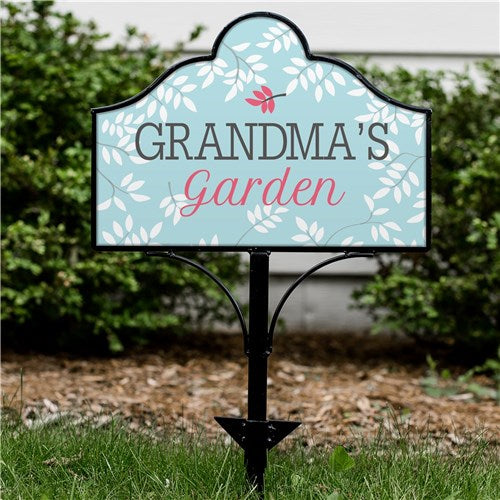 Personalized Grandmas Garden Magnetic Sign