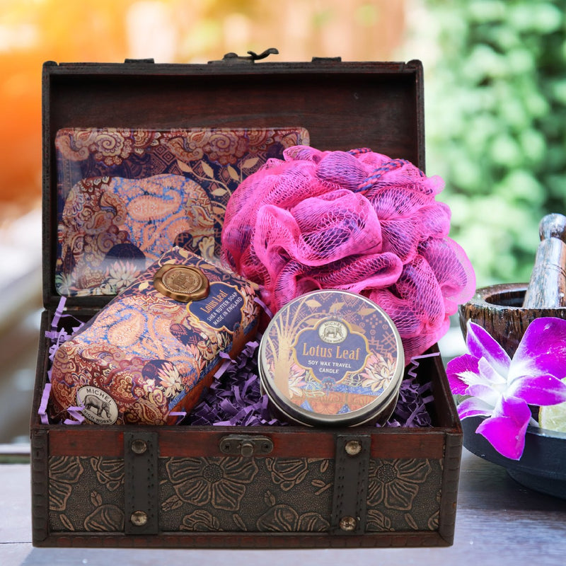 Lotus Leaf Serene Spa Gift Chest