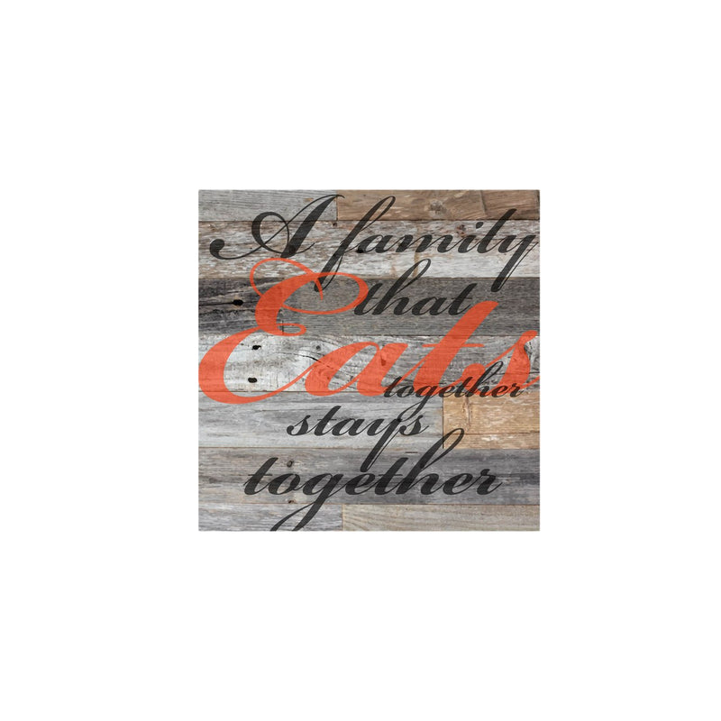 Savvy Custom Gifts A Family That Eats Together Stays Together Canvas
