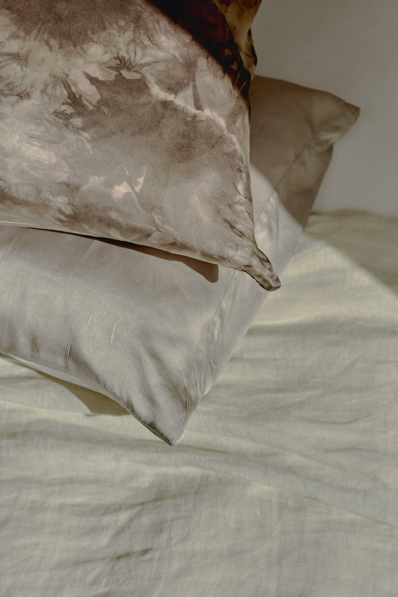 Marbled Silk Pillowcase - June Preorder