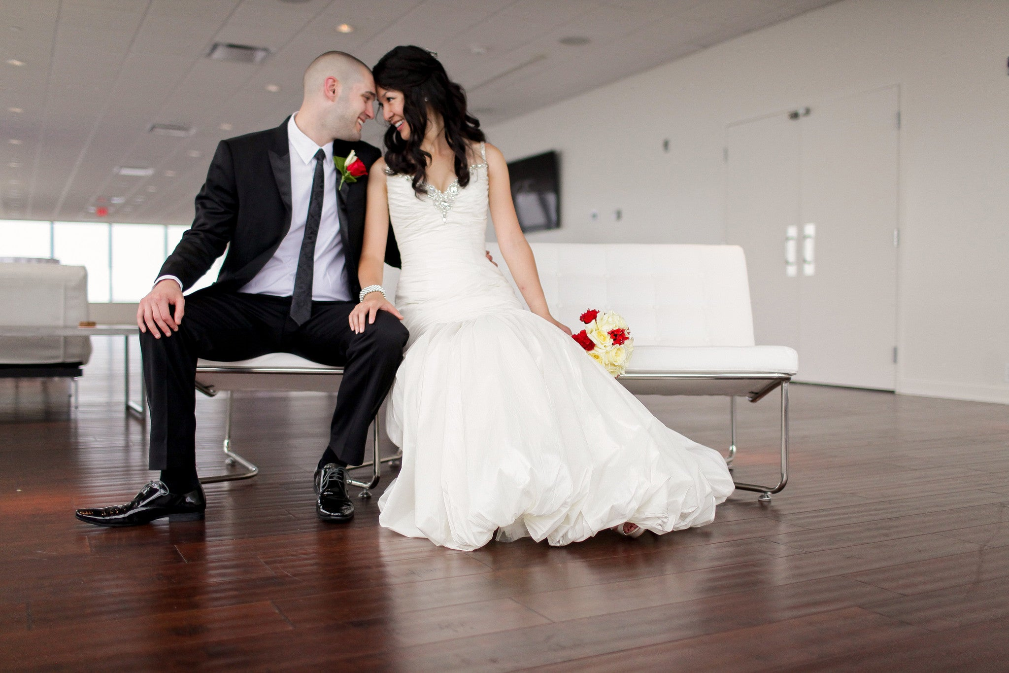 Wedding Photography Guide To Posing: Indoor Wedding & Engagement Photography Posing Guide