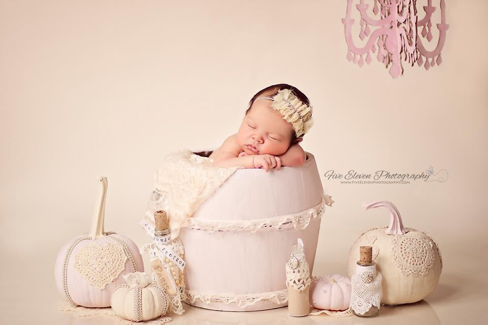 Guide to natural light newborn sessions bp4u guides a guide to natural light newborn sessions fandeluxe PDF