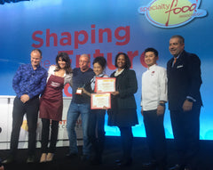 Pacific Pickle Works' Victoria Ho, chef Robert Irvine and judges at 2019 Front Burner Pitch