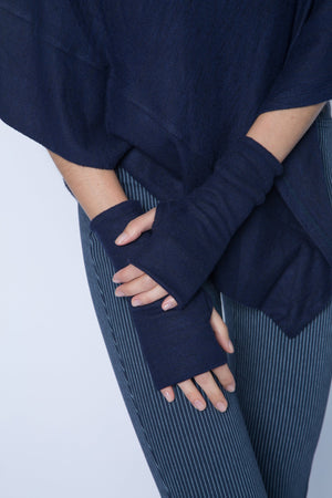 double layer fingerless glove in navy