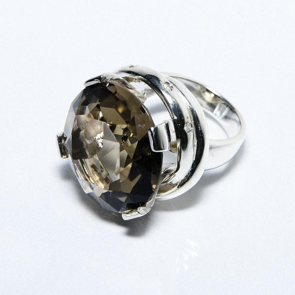 Clarisa Smokey Ring by Maria Hamilton