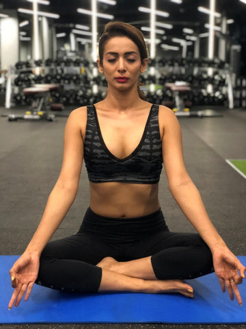 Bollywood Diva Heena Panchal Celebrates International Yoga Day