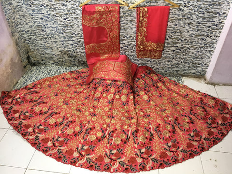 Pink Mulberry Silk Embroidered Bollywood Wedding Lehenga Choli Online