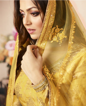 Drashti Dhami Yellow Jacquard Indian Dress Salwar Kameez