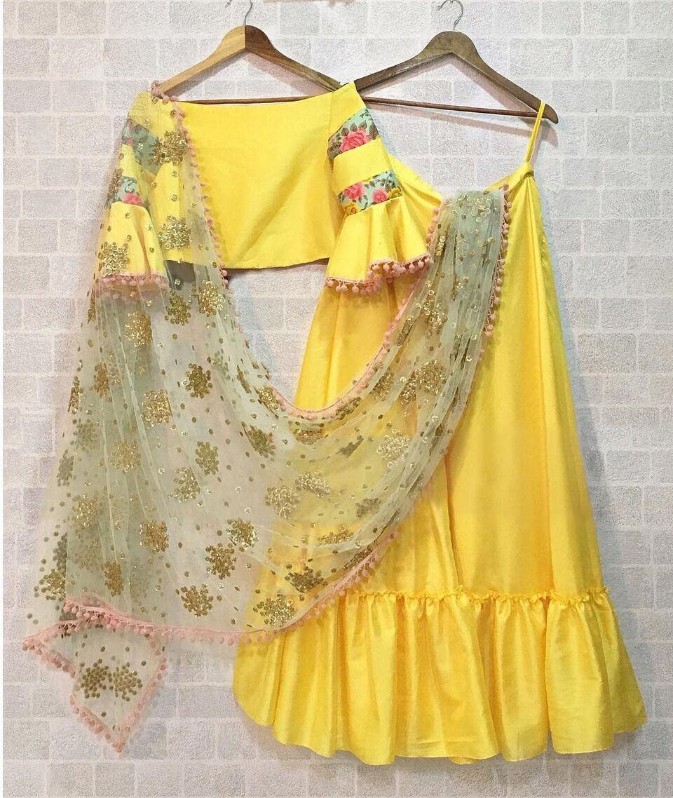 Yellow Banglori Silk Simple New Designs Of Lehenga Choli