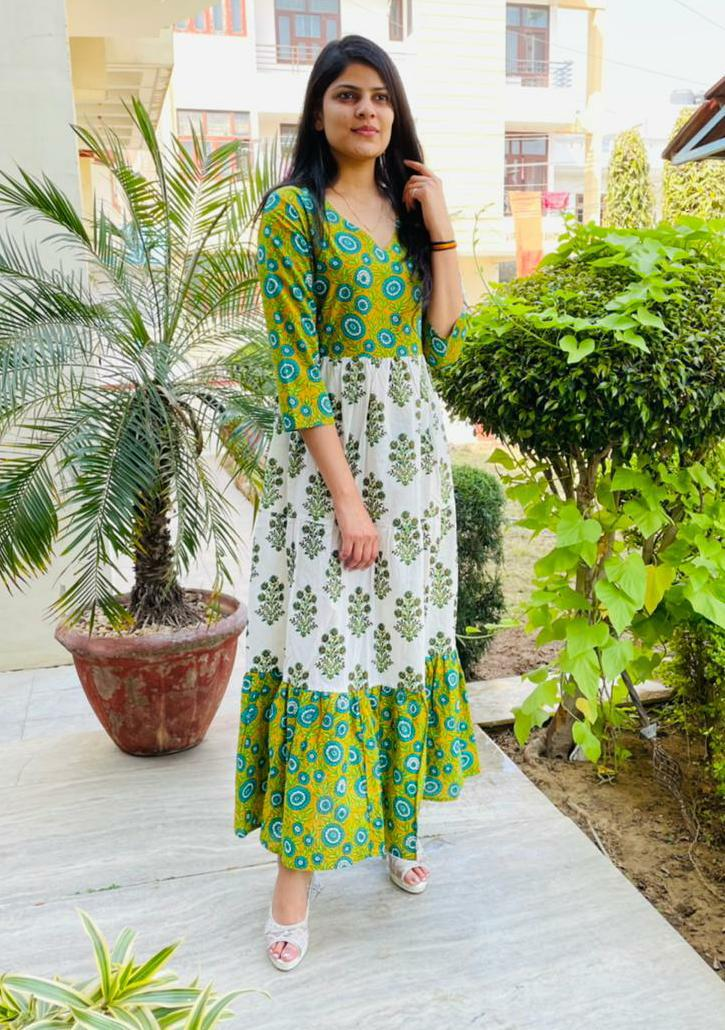Beautiful  Green & White  Printed A- Line Kurta