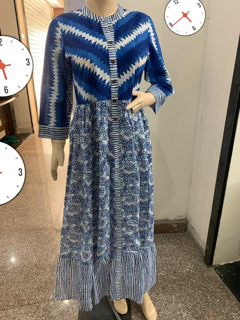 Beautiful Heavy Blue Cotton Single Gown