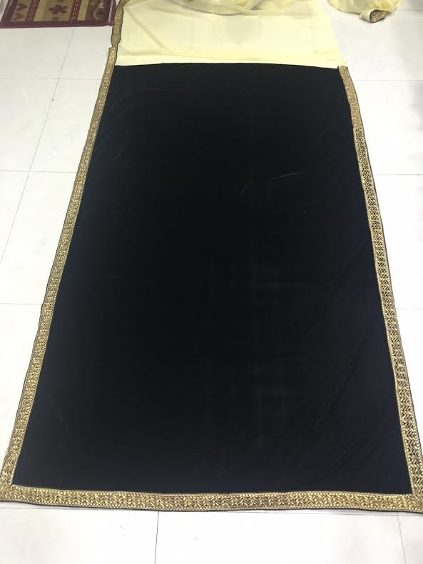 Elegant Black & Cream Bollywood Sarees Online ,Indian Dresses - 5