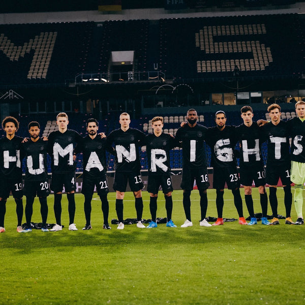 Footballers Protest About Qatar's Human Rights Record