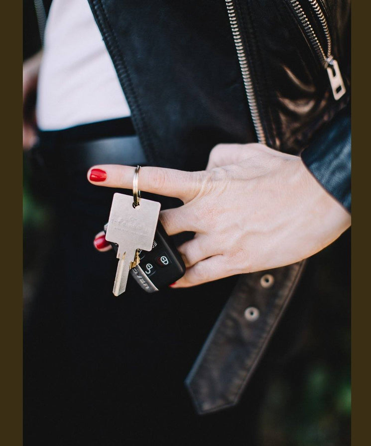 I Am Deserving of Love Keychain Key Chain The Giving Keys | Lifestyle