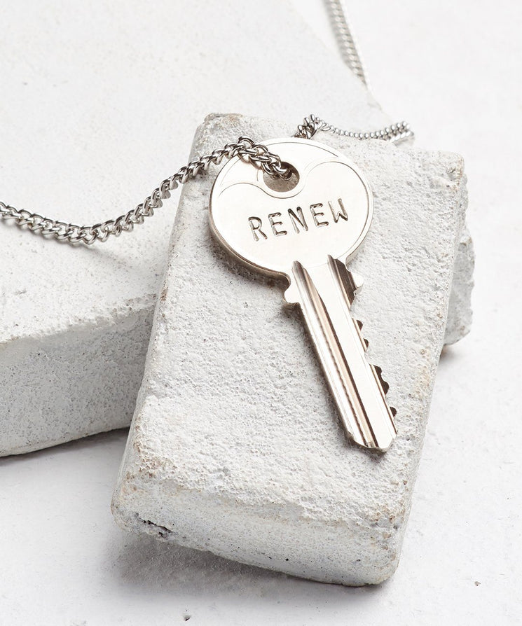 RENEW Classic Key Necklace Necklaces The Giving Keys SILVER