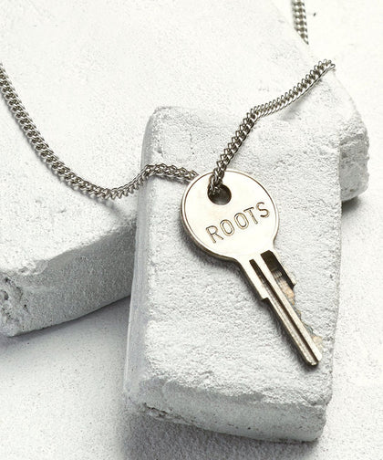 ROOTS Classic Key Necklace Necklaces The Giving Keys SILVER