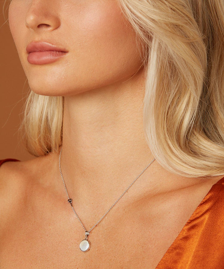 Shell Pendant Necklace Necklaces The Giving Keys | Lifestyle