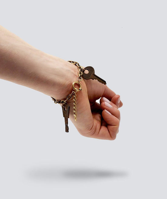 Gold Vintage Skeleton Key Charm Bracelet Bracelets The Giving Keys
