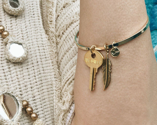 Dainty Key and Feather Bangle Bracelet Bracelets The Giving Keys