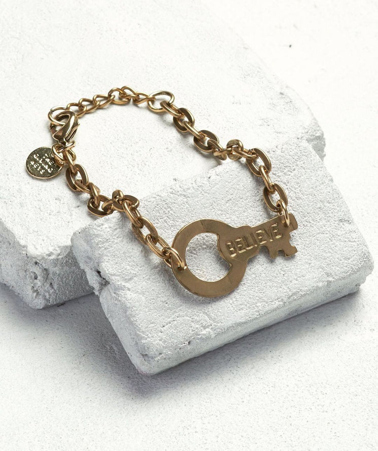 Never Ending Key Bracelet Bracelets The Giving Keys BELIEVE Antique Gold