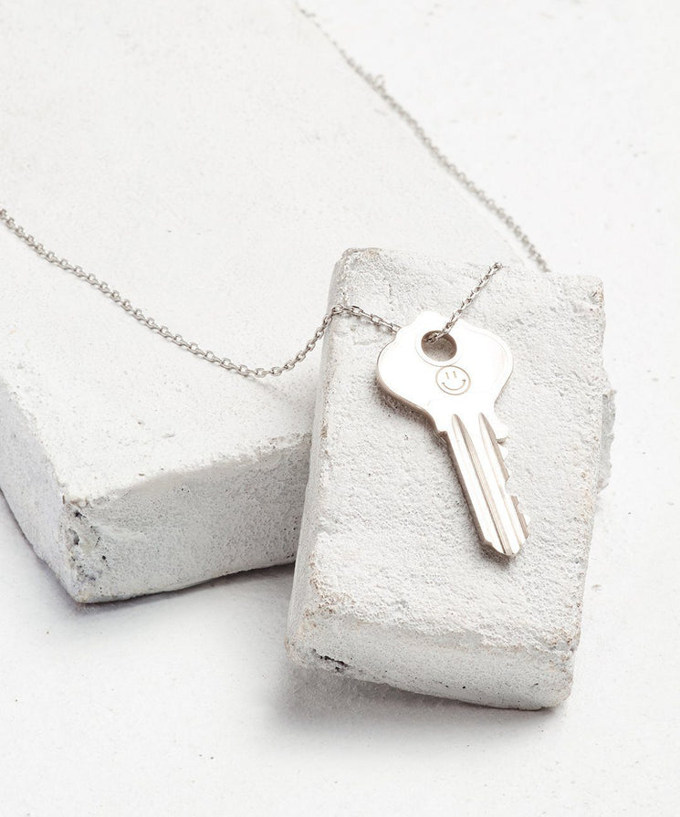 Symbol Dainty Key Necklace Necklaces The Giving Keys SMILEY FACE Dainty Silver