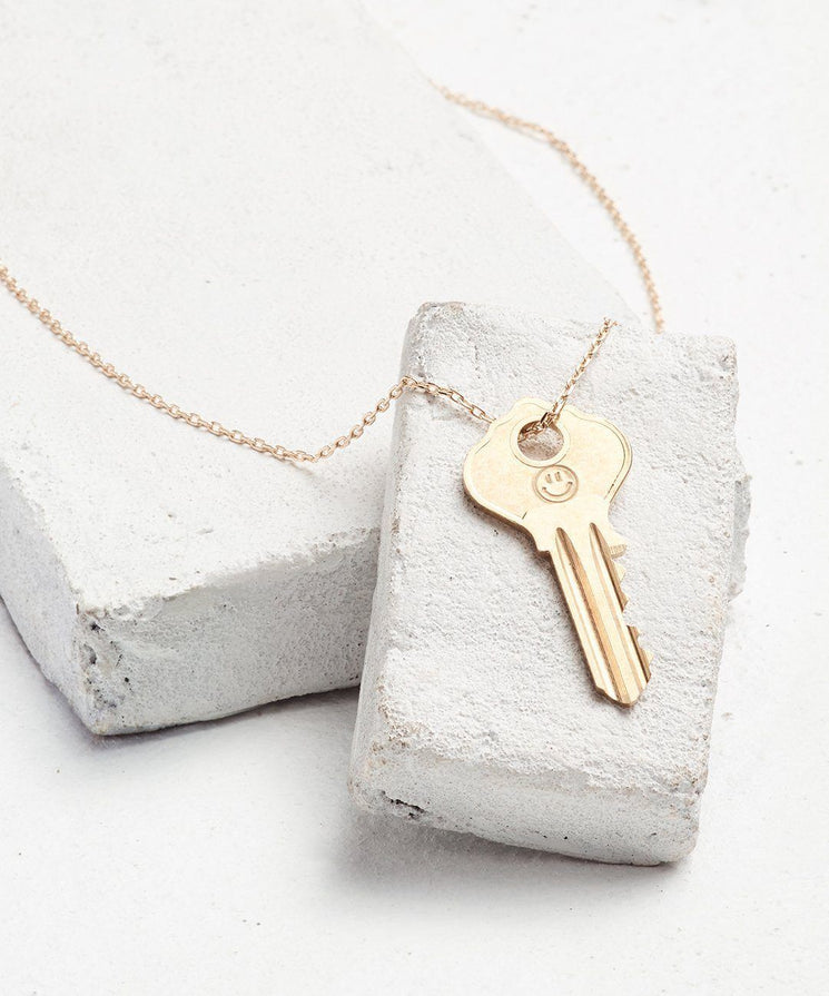 Symbol Dainty Key Necklace Necklaces The Giving Keys SMILEY FACE Dainty Gold