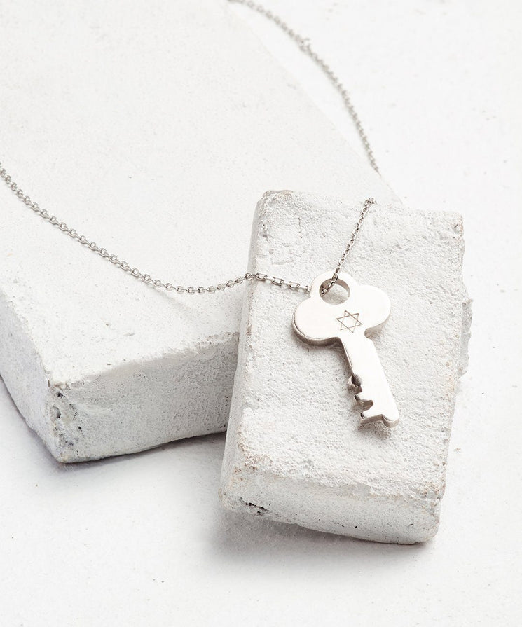 Symbol Dainty Key Necklace Necklaces The Giving Keys STAR OF DAVID Dainty Silver