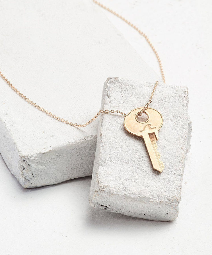 Symbol Dainty Key Necklace Necklaces The Giving Keys WAVE Dainty Gold