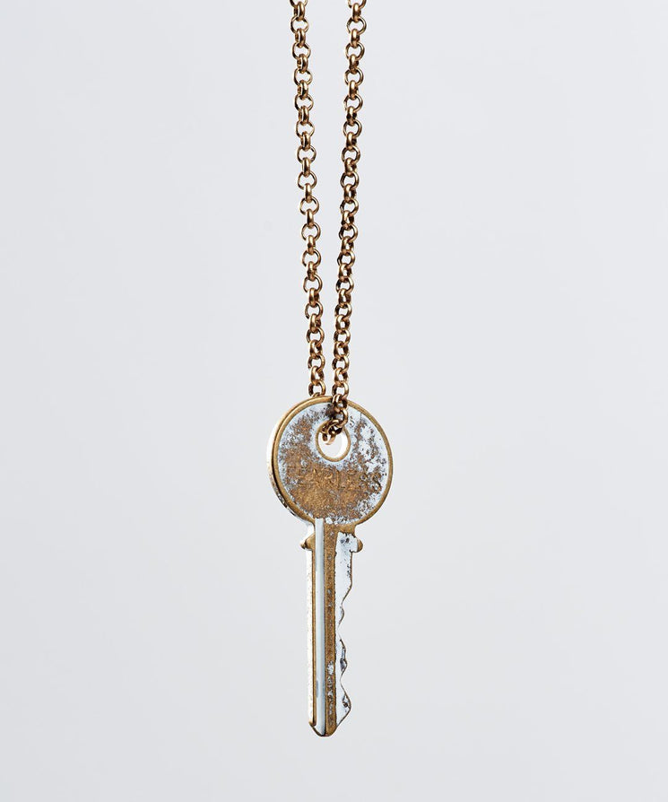 White Patina Classic Key Necklace Necklaces The Giving Keys Fearless WHITE