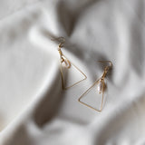PERLAS Triangle Earrings