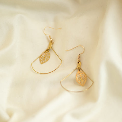 GUAVA LEAF Earrings