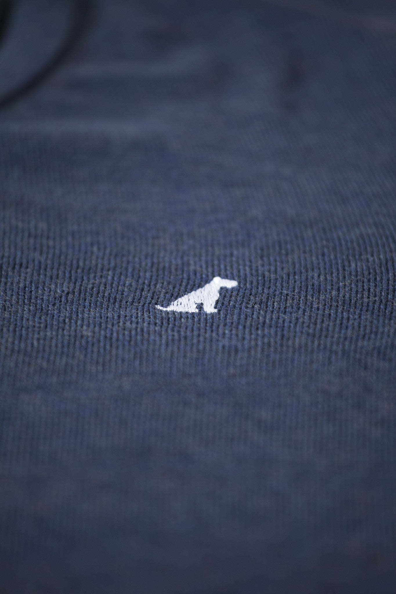 Airedale V-Neck Merino Wool Jumper/Sweater (Navy)