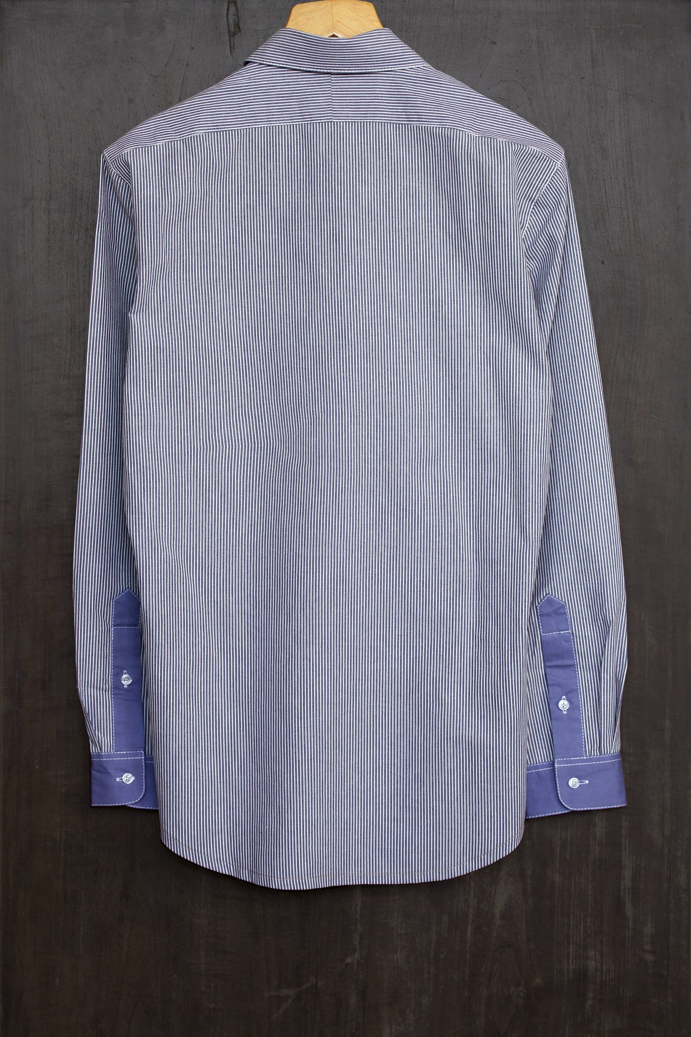 The Lakehead Oxford Shirt - Long Sleeve (blue/white)