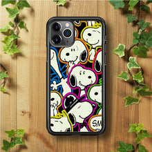 Load image into Gallery viewer, Snoopy Doodle iPhone 11 Pro Max Case