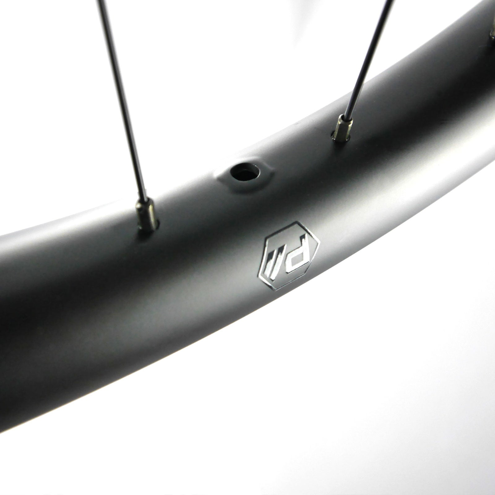 "I35-End CARBON Wheelset 27.5"" 142mm 6-Bolt"