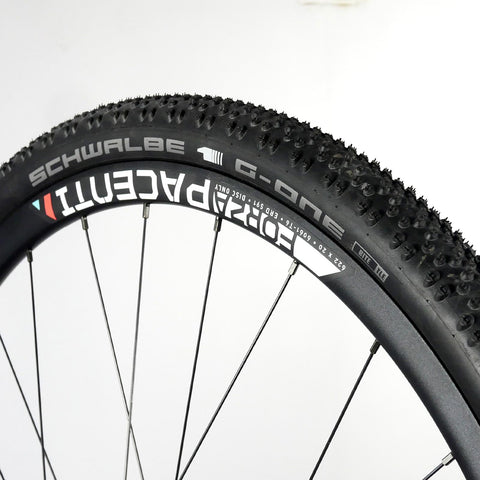 GRAVEL BUNDLE - Forza wheelset centre-lock disc brake 700c 12mm with Tyres