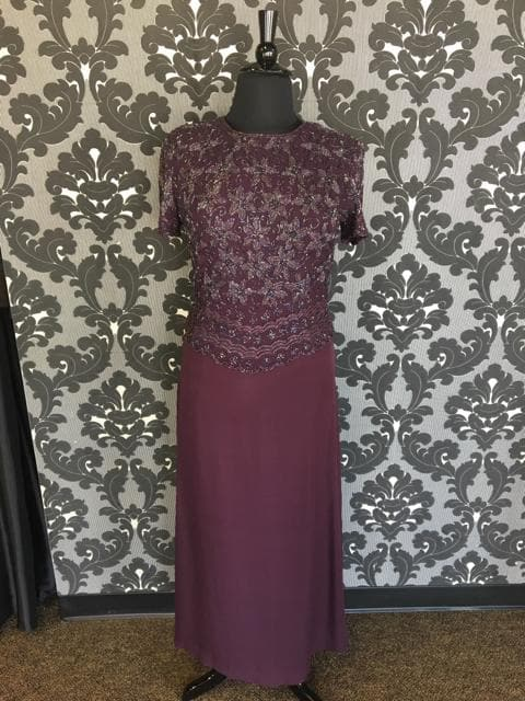 Size 14 Plum Adrianna Papell 2pc Chiffon Skirt Beaded Bodice
