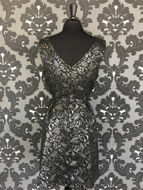 Size Large Silver/Black Damask Knee Sleeveless Dress