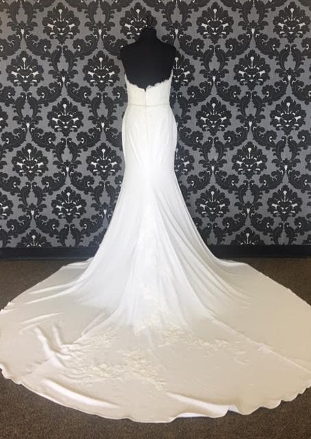 Size 12 Off White Pronovias Lace & Crepe Strapless Sheath Sweetheart