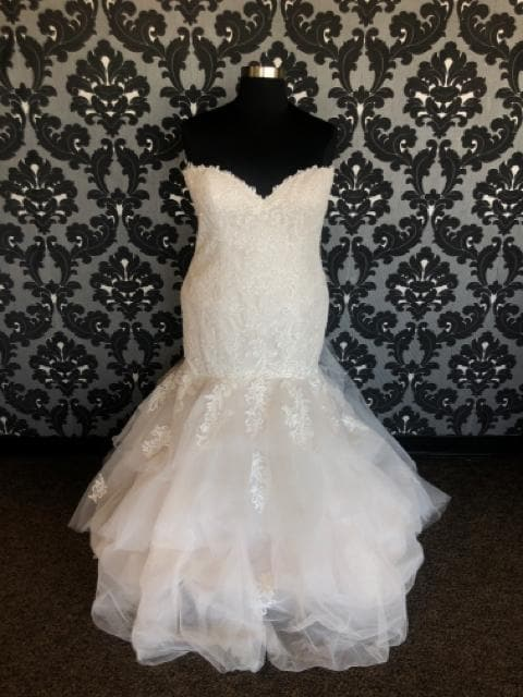 Sincerity By Justin Alexander ROBIN 44060 Women's Wedding Dress Size 22