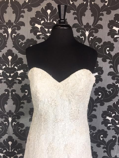 Size 14 WEDDING DRESSES