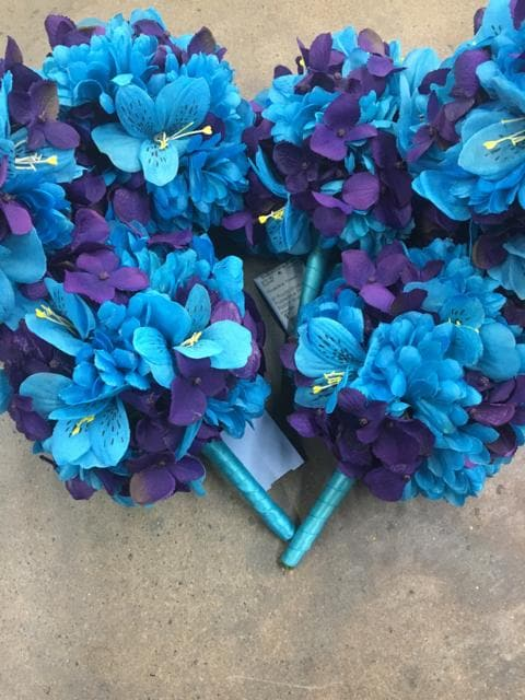 "9"" Round Bouquet Purple/Blue Flowers Ribbon Wrapped Handle"